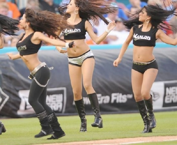 [Slika: MLB-Cheerleaders26.jpg]