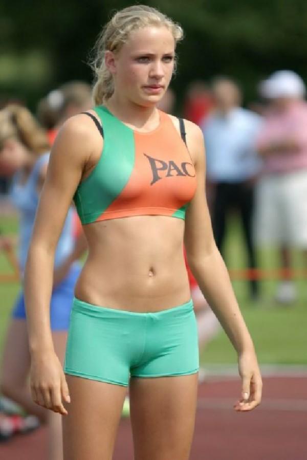 [Slika: sexy-poses-athlete10.jpg]