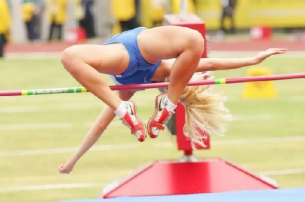[Slika: sexy-poses-athlete28.jpg]
