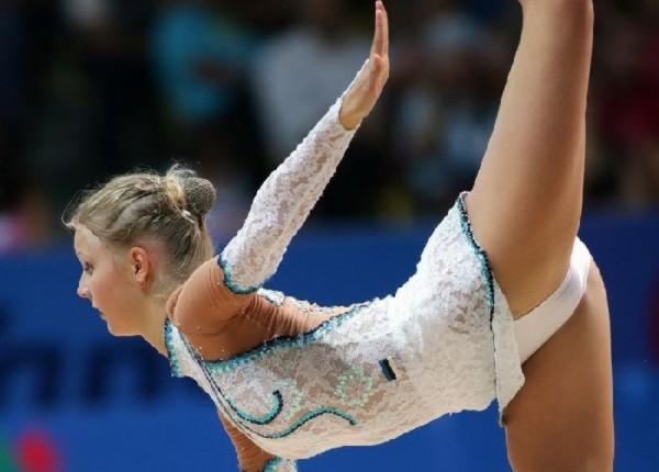 [Slika: sexy-poses-athlete42.jpg]